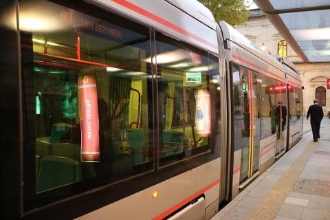 2586 Tram en sevilla-M