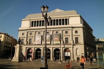 3331 Teatro Real-M