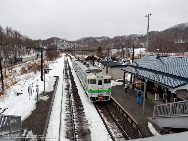 廃止前日の上厚内駅(列車はキハ40)