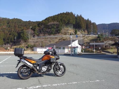 MX1_2211_R.jpg