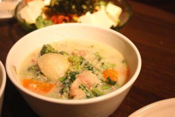 カブの豆乳スープ