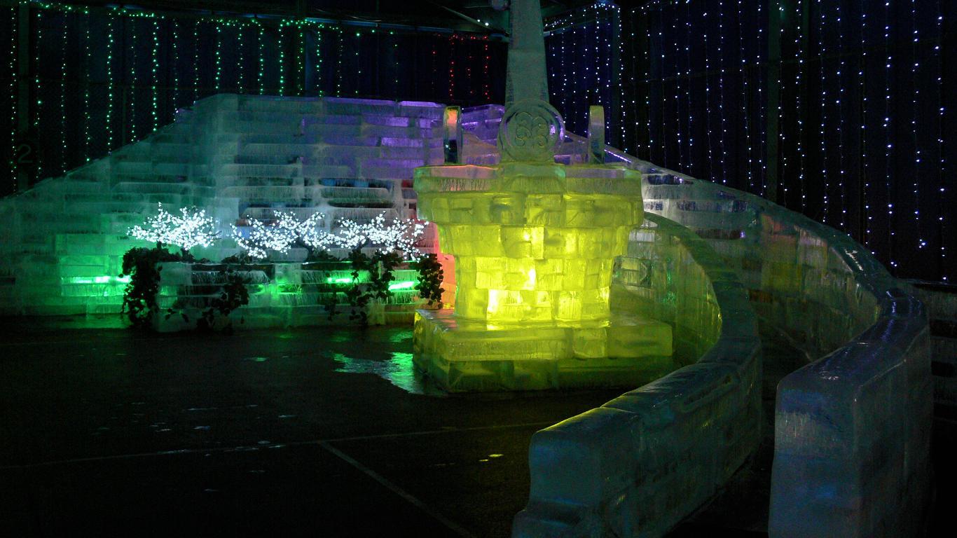090210白樺湖氷燈祭004