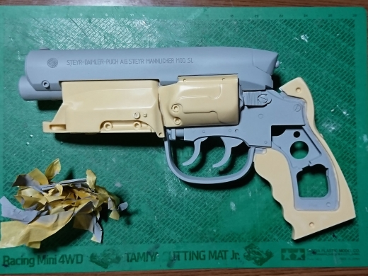 留ブラ・スタント・モデル 完成(左側)