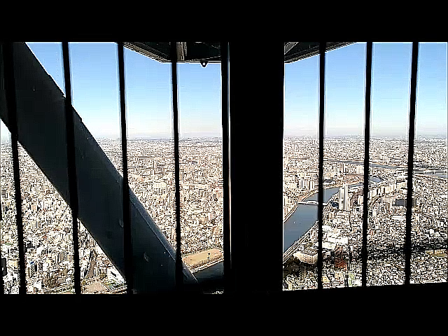skytree_elevator