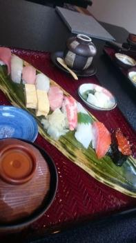 20170328にぎり寿司ランチ