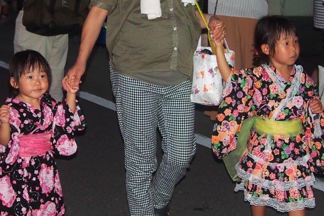 小松町ふるさと祭りの子供たち