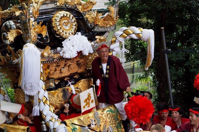 たかおか神社秋祭り 東今宿屋台の宮入り