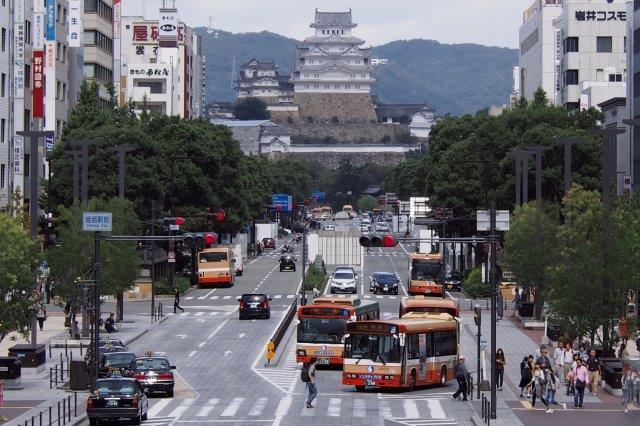 姫路城 姫路駅前からの姫路城