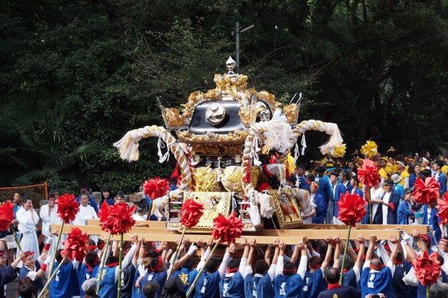 たかおか神社秋祭り 車埼屋台の宮入り