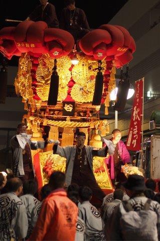 第12回 とよなか秋のまつり 今年もゆめタウン三豊に谷太鼓台の入場