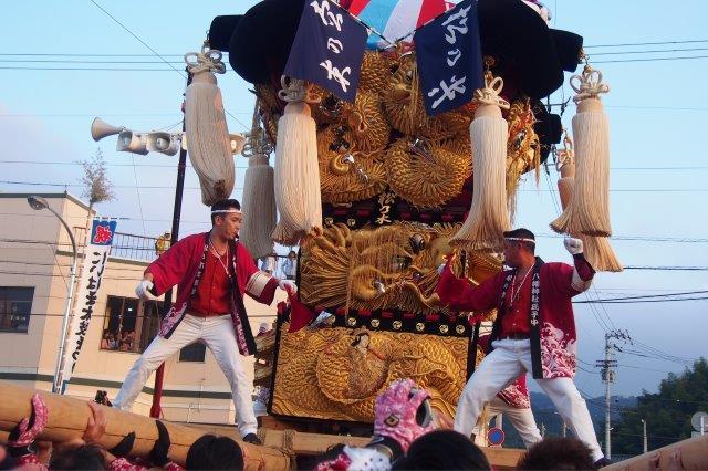 新居浜太鼓祭り 多喜浜駅前 松乃木太鼓台