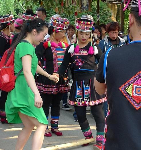 20170324民族衣装3