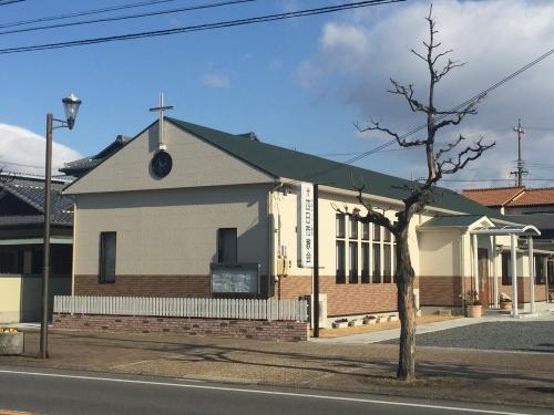 教会斜め前