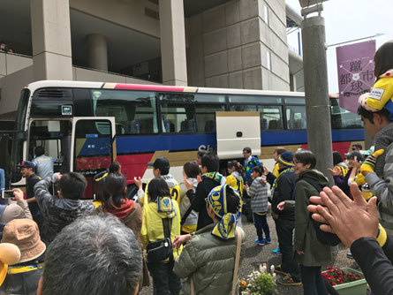 バス待ち_170404