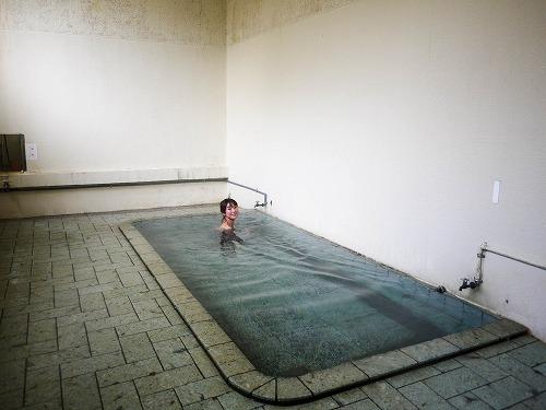 荒瀬共同浴場