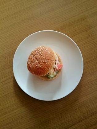 玉子とポテトのサラダバーガー1