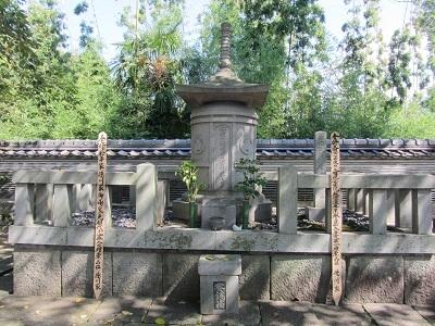 IMG_7954 家康の墓