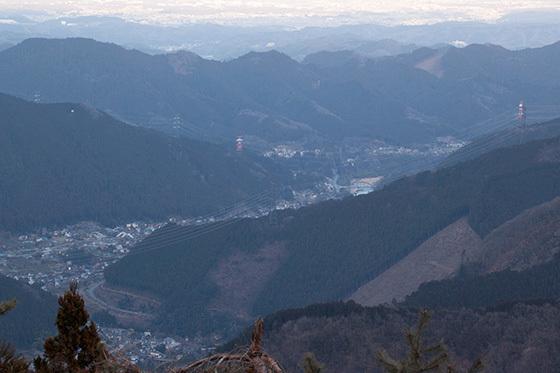 見下ろす山IMG_3327