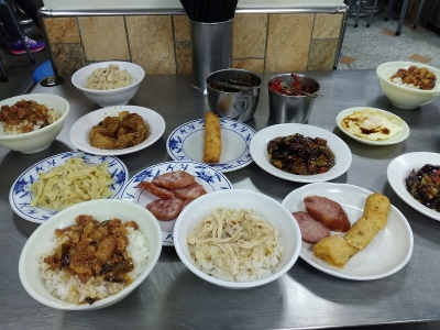 梁記嘉義鶏肉飯7