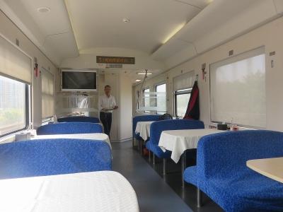 香港から肇慶へ...食堂車にて1