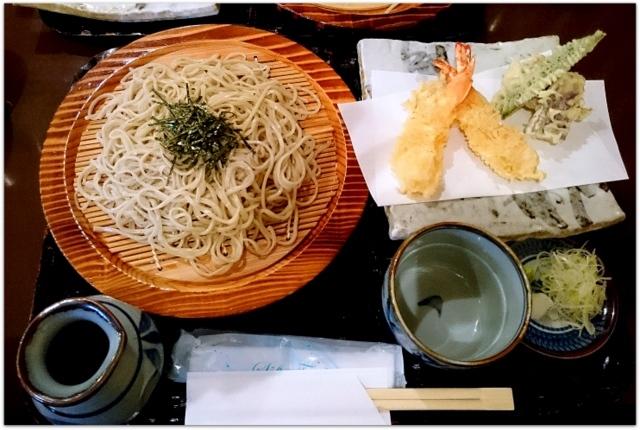 青森県 弘前市 ランチ グルメ 写真 蕎麦 竹くら 天ざる