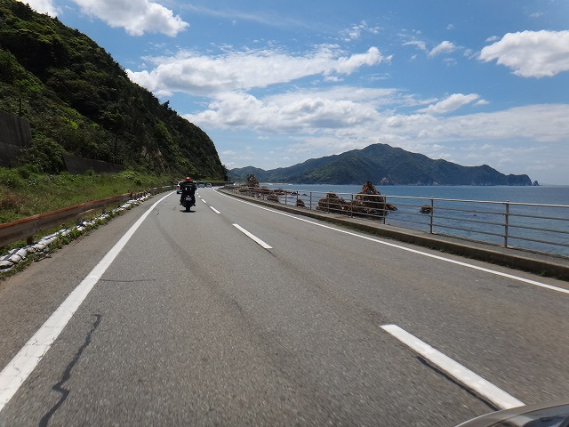 s-13:05R191海沿い走行