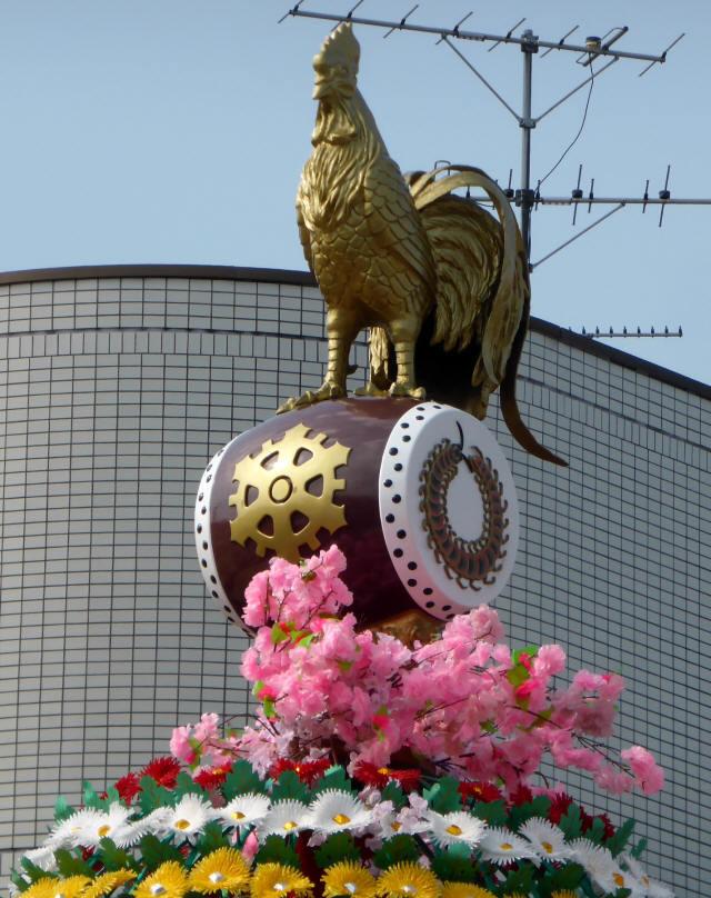 下新田町「太鼓に鶏」1