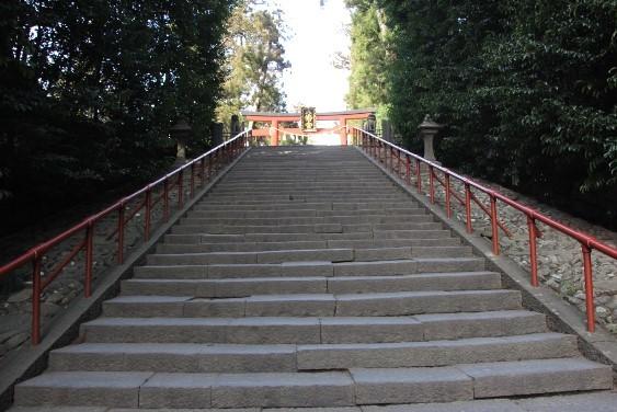 三乃鳥居への石段