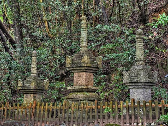 大山祇神社宝篋印塔