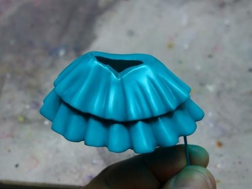 スカートの塗装4