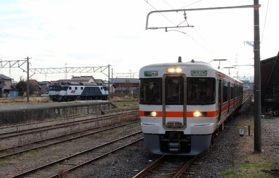 ⑭折り返し電車