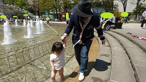 20170503 大通公園 水中行進②