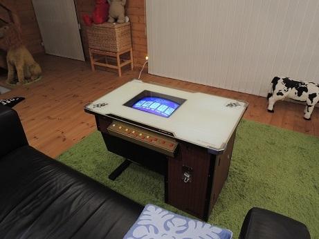BESS ワンダーデバイス サンダーバード2号 ポーカーゲーム機 1
