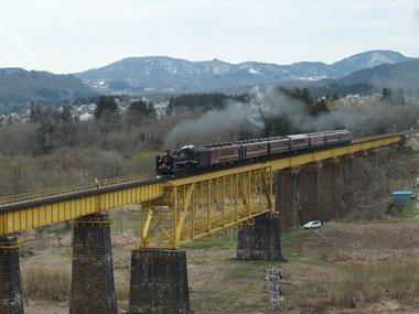 68226レ一ノ戸川橋梁0408