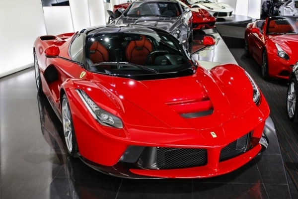 Two_Ferrari_LaFerraris_are_for_sale_in_Dubai.jpg