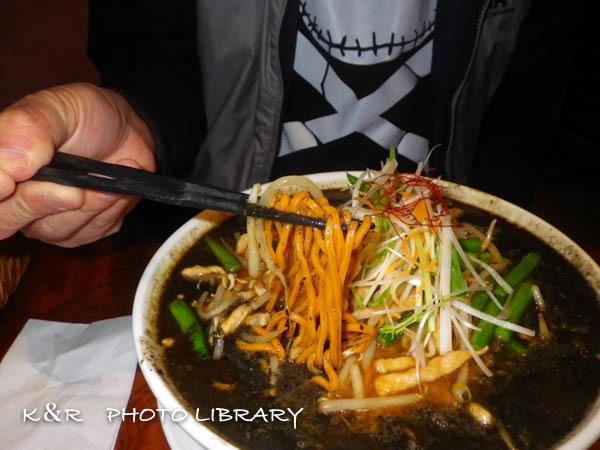 2016年4月28日健康黒胡麻担々麺2