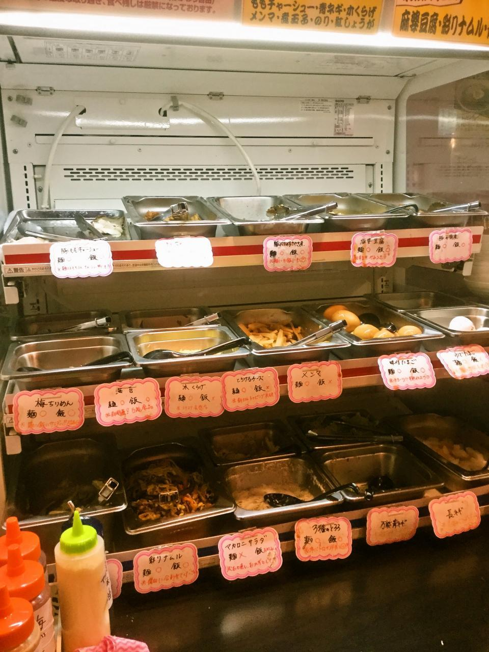 拉麺ビュッフェBUTA(店内)