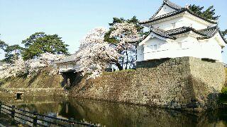 新発田城 櫓と正門