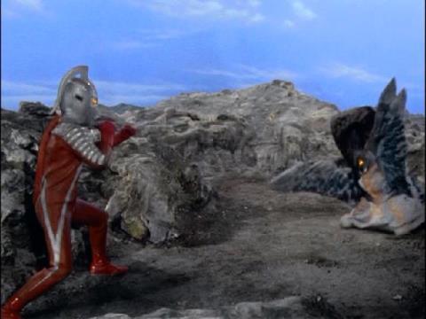 ウルトラセブン vs アイロス星人