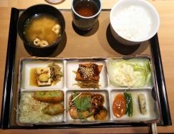 夕食~ゆめタウン20170308