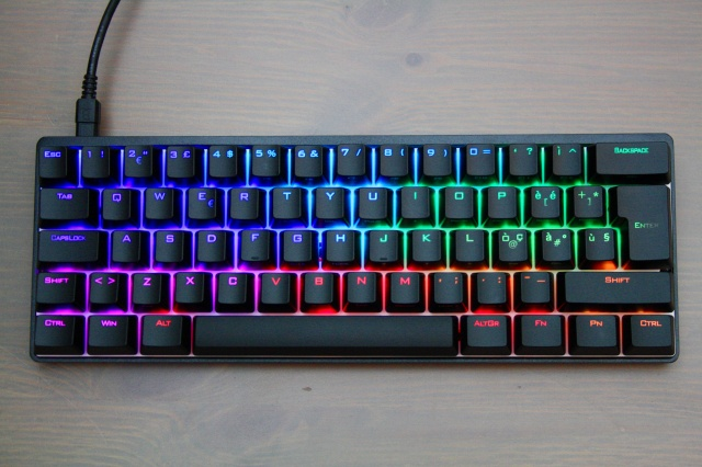 Mechanical_Keyboard92_07.jpg