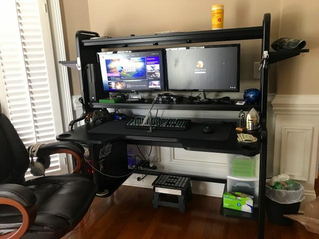 PC_Desk_MultiDisplay87_10.jpg