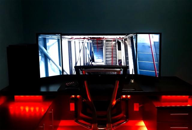 PC_Desk_MultiDisplay87_14.jpg