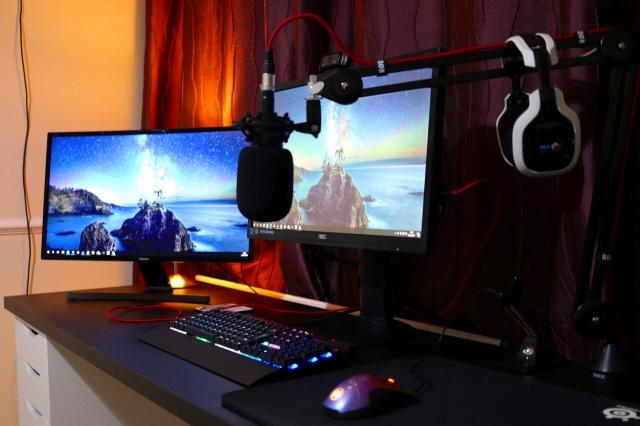 PC_Desk_MultiDisplay87_19.jpg