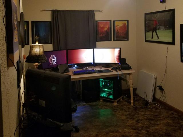 PC_Desk_MultiDisplay87_36.jpg