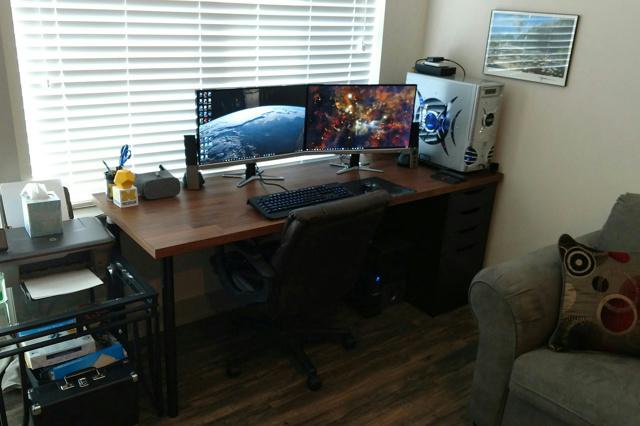 PC_Desk_MultiDisplay87_66.jpg