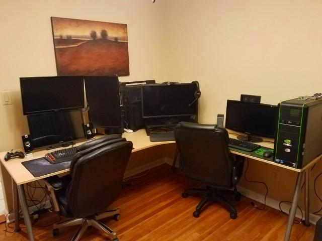 PC_Desk_MultiDisplay87_71.jpg