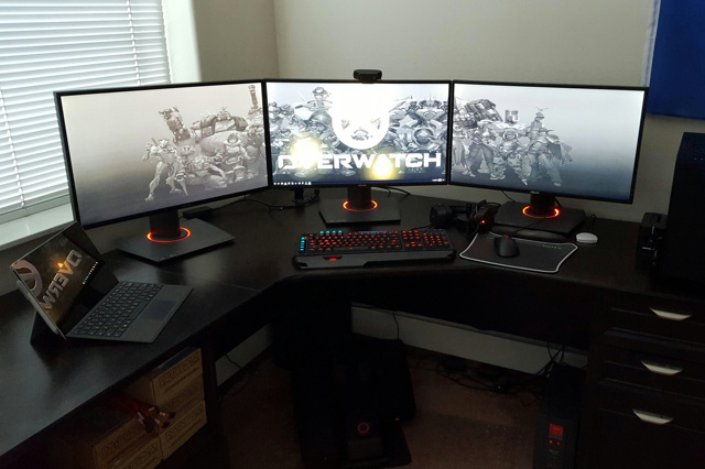 PC_Desk_MultiDisplay88_26.jpg