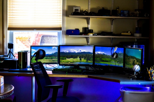 PC_Desk_MultiDisplay89_29.jpg