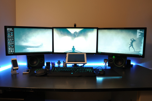 PC_Desk_MultiDisplay89_82.jpg